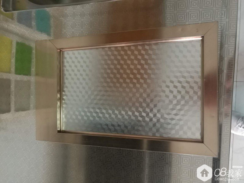 钢化玻璃柜门背面贴膜效果