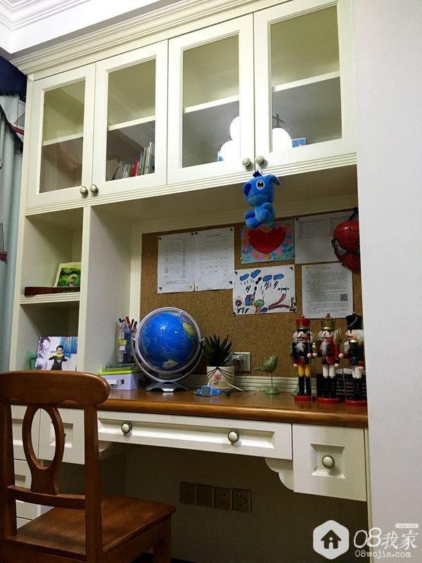 儿童房书柜.jpg