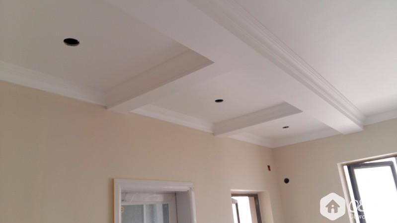 卧室吊顶(刷墙漆后效果).jpg