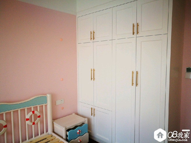 儿童房衣柜.jpg